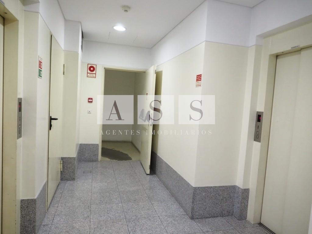 202107 entrada prédio (101)