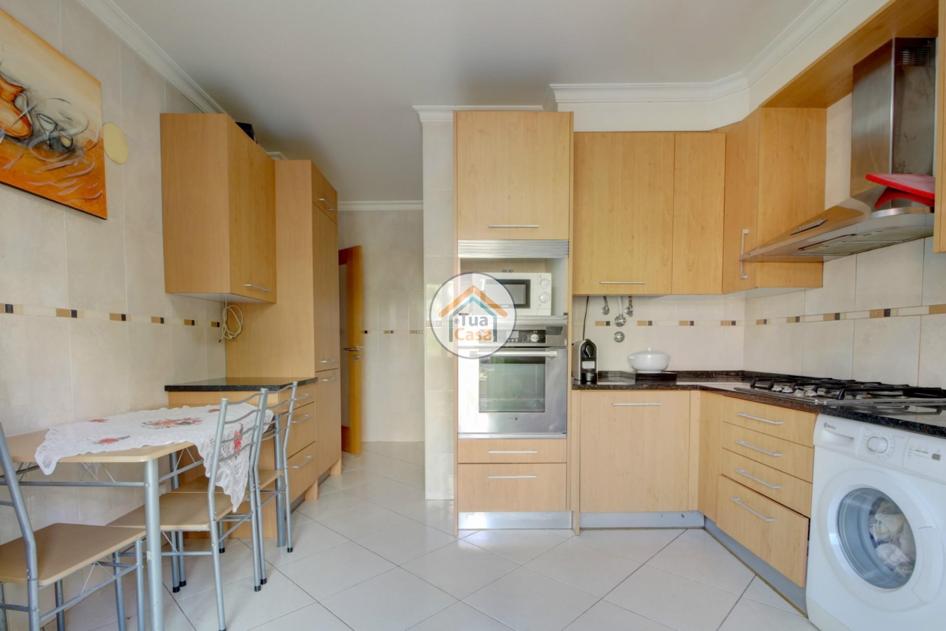 apartamento-quinta-joao-de-ourem-t2-garagem-estacionamento-rc-varanda-quintal (1)