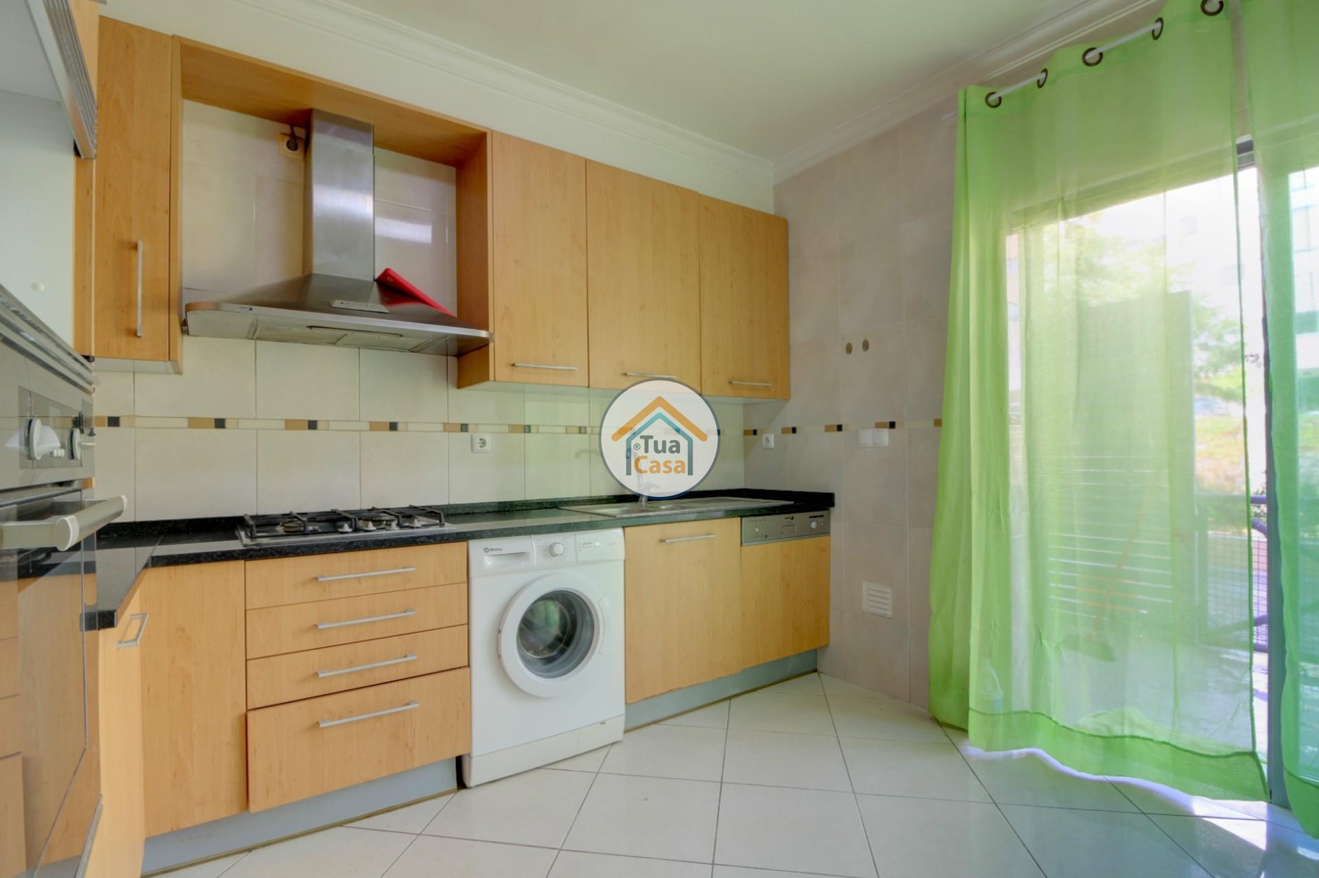 apartamento-quinta-joao-de-ourem-t2-garagem-estacionamento-rc-varanda-quintal (6)