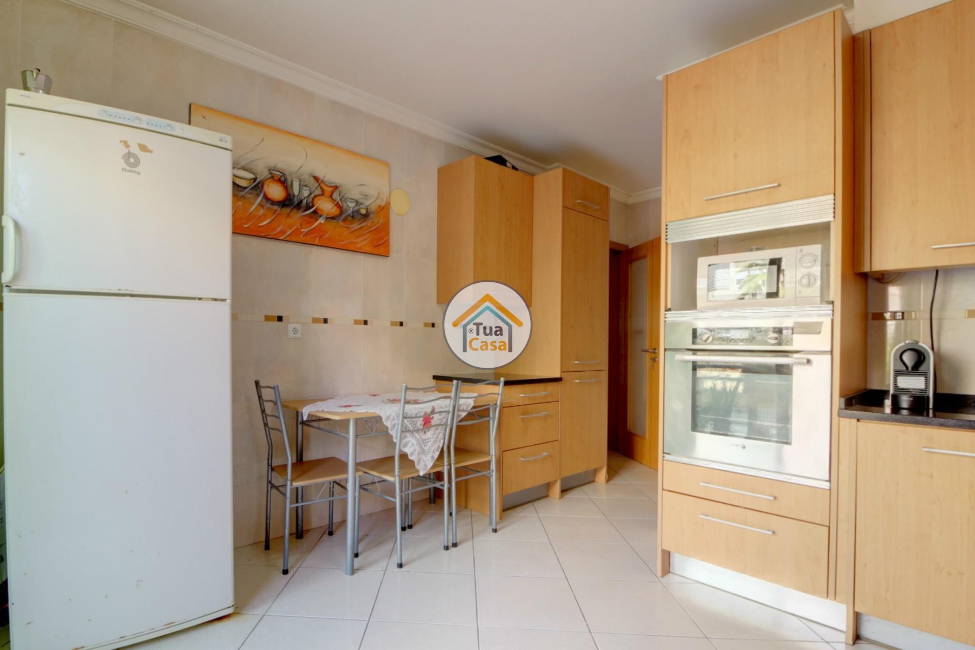 apartamento-quinta-joao-de-ourem-t2-garagem-estacionamento-rc-varanda-quintal (2)