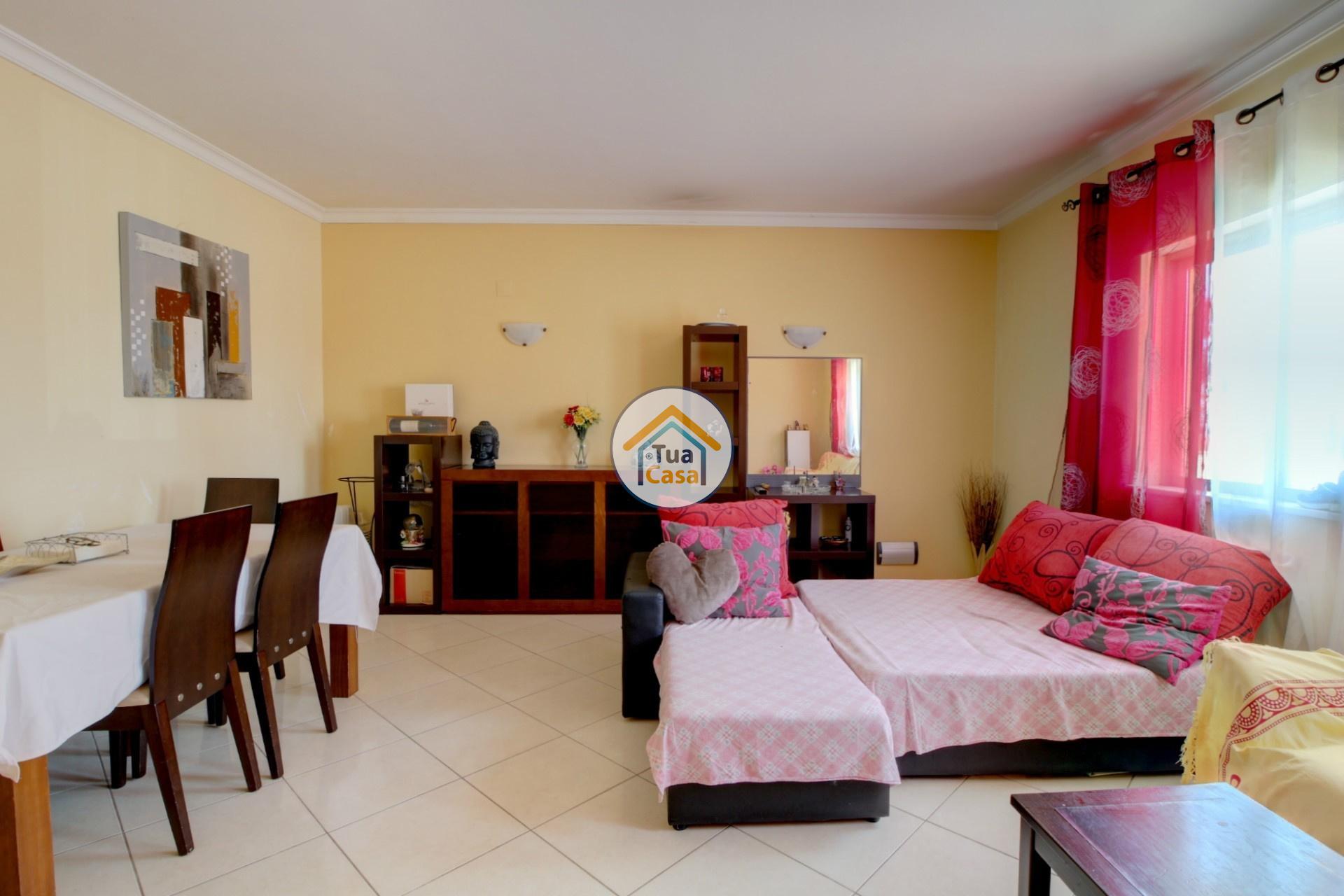 apartamento-quinta-joao-de-ourem-t2-garagem-estacionamento-rc-varanda-quintal (10)