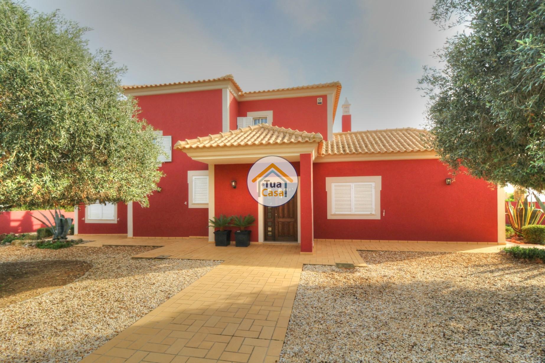Moradia Isolada T4 Piscina Olhão Algarve (33)