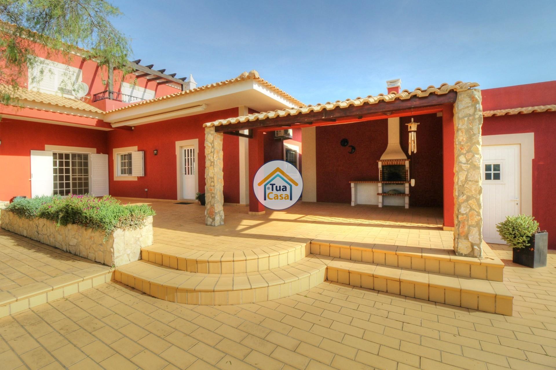 Moradia Isolada T4 Piscina Olhão Algarve (32)
