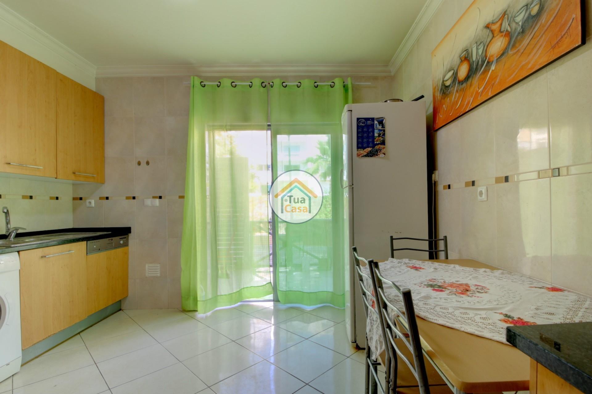 apartamento-quinta-joao-de-ourem-t2-garagem-estacionamento-rc-varanda-quintal (5)