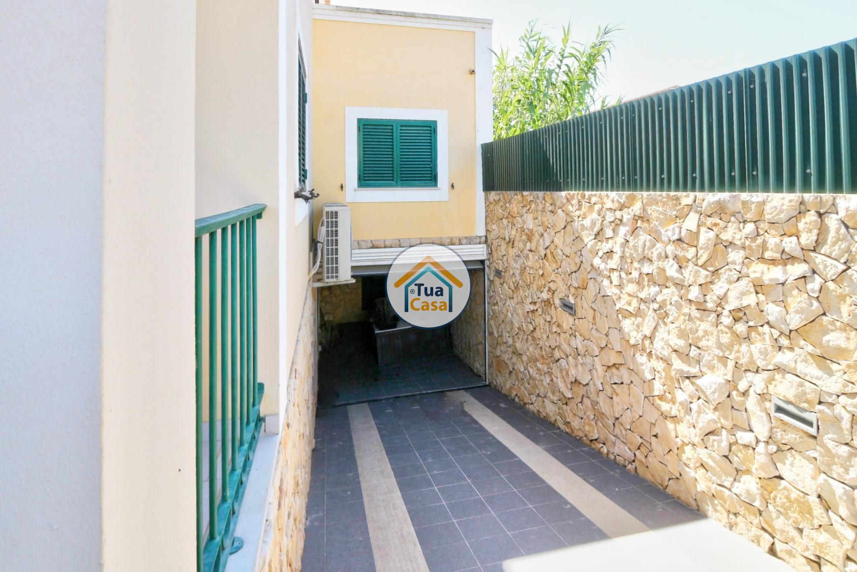 Moradia T4 Faro Montenegro Algarve Piscina (26)