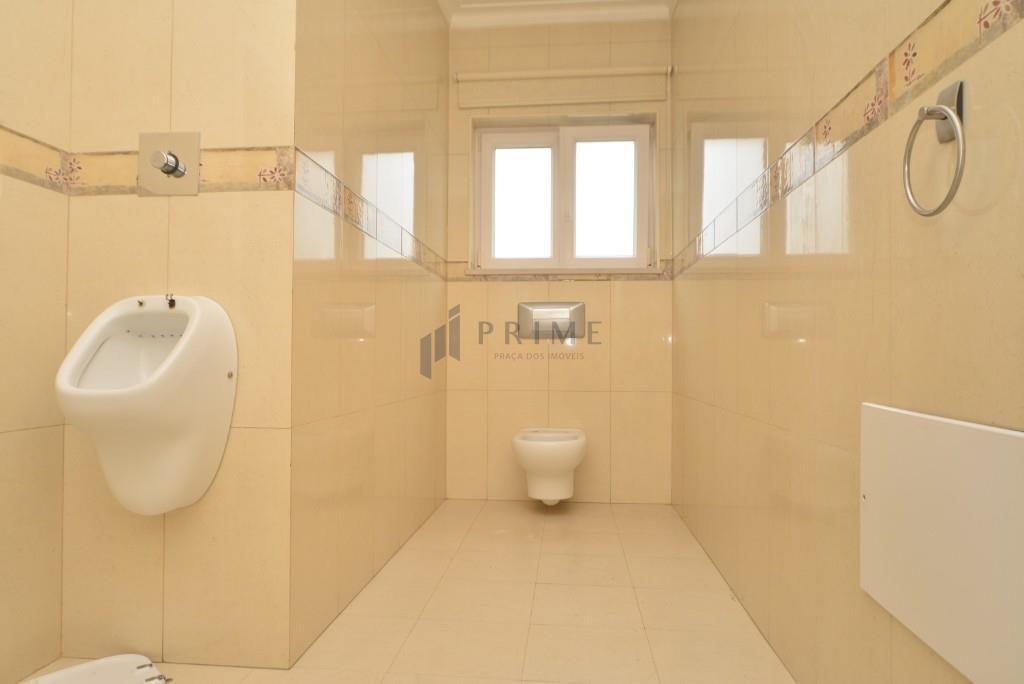 WC serviço r/c
