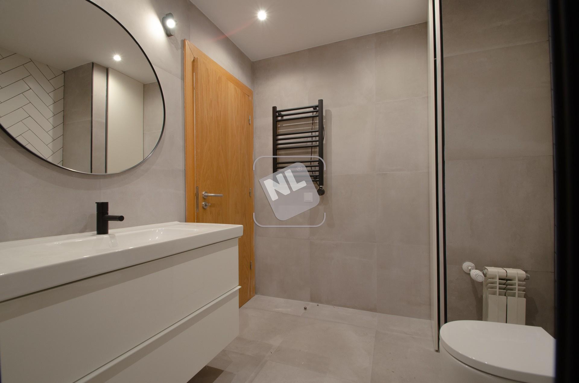 WC Suite 4