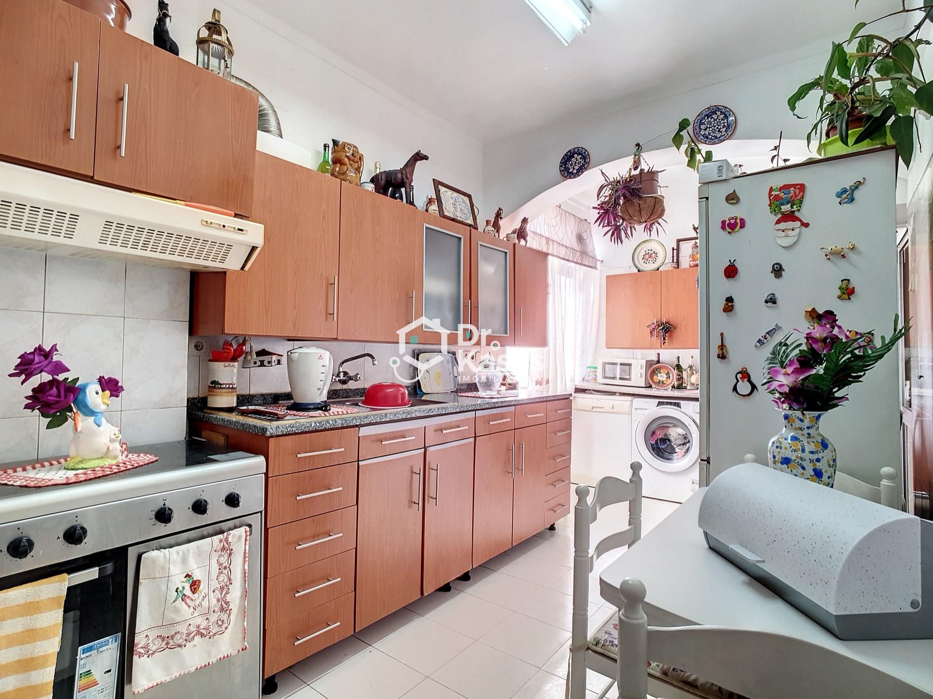 Apartamento com 4 assoalhadas no Alto do Seixalinho
