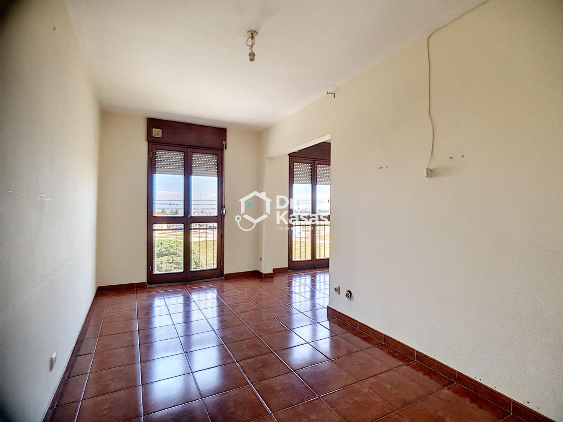 Apartamento 3 assoalhadas Vale Amoreira - Baixa da Banheira