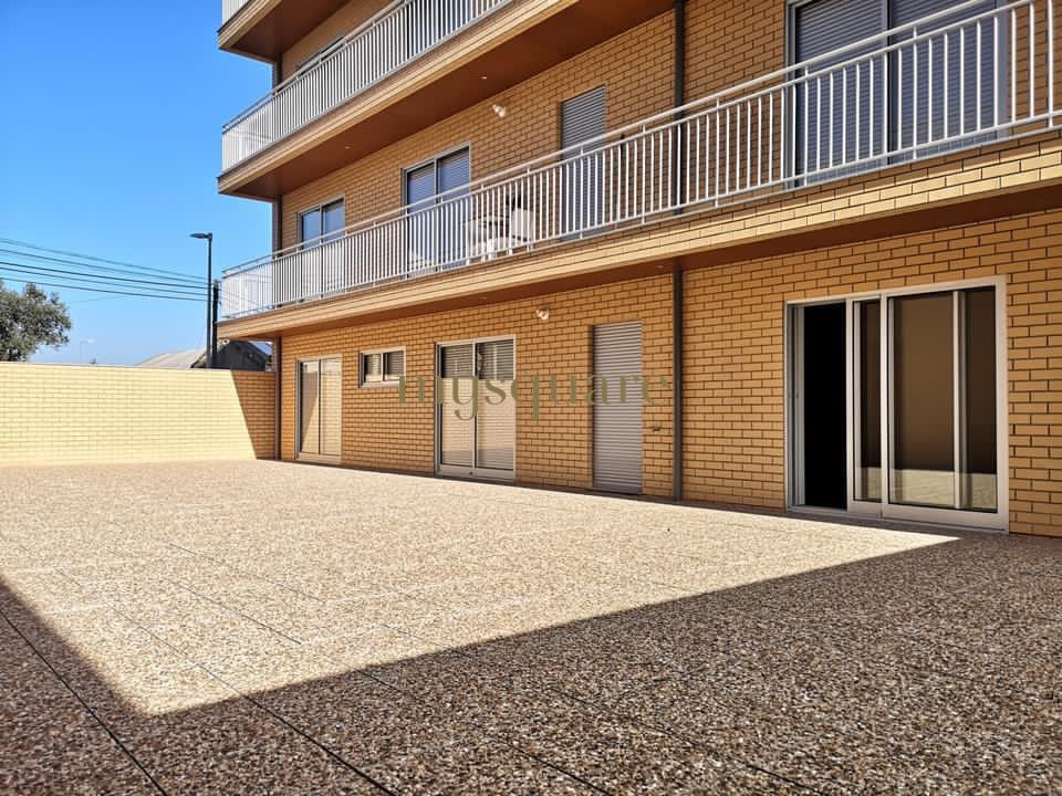 Apartamento T2 novo com terraço - Ermesinde
