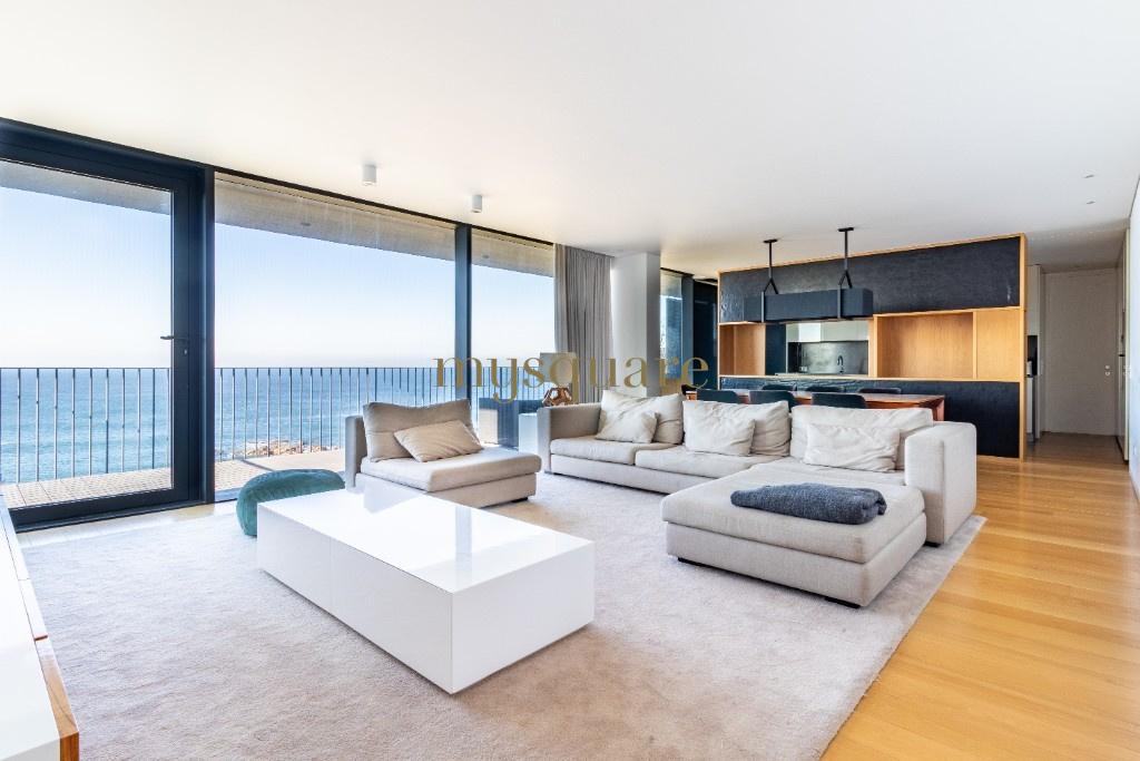 Apartamento T4 de luxo na primeira linha do mar com Piscina e Ginásio - Canidelo, Vila Nova de Gaia