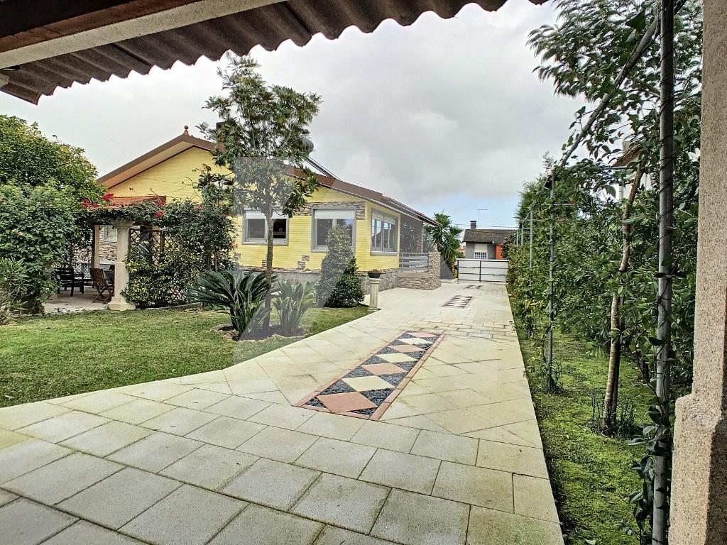 Propriedade com Moradia e Alojamento Local - Murtosa
