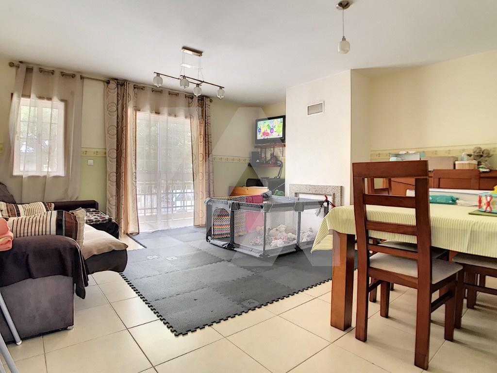 Apartamento T2 - Bunheiro