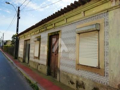 Casa p/ Reabilitar-Cimo de Vila/ S. João