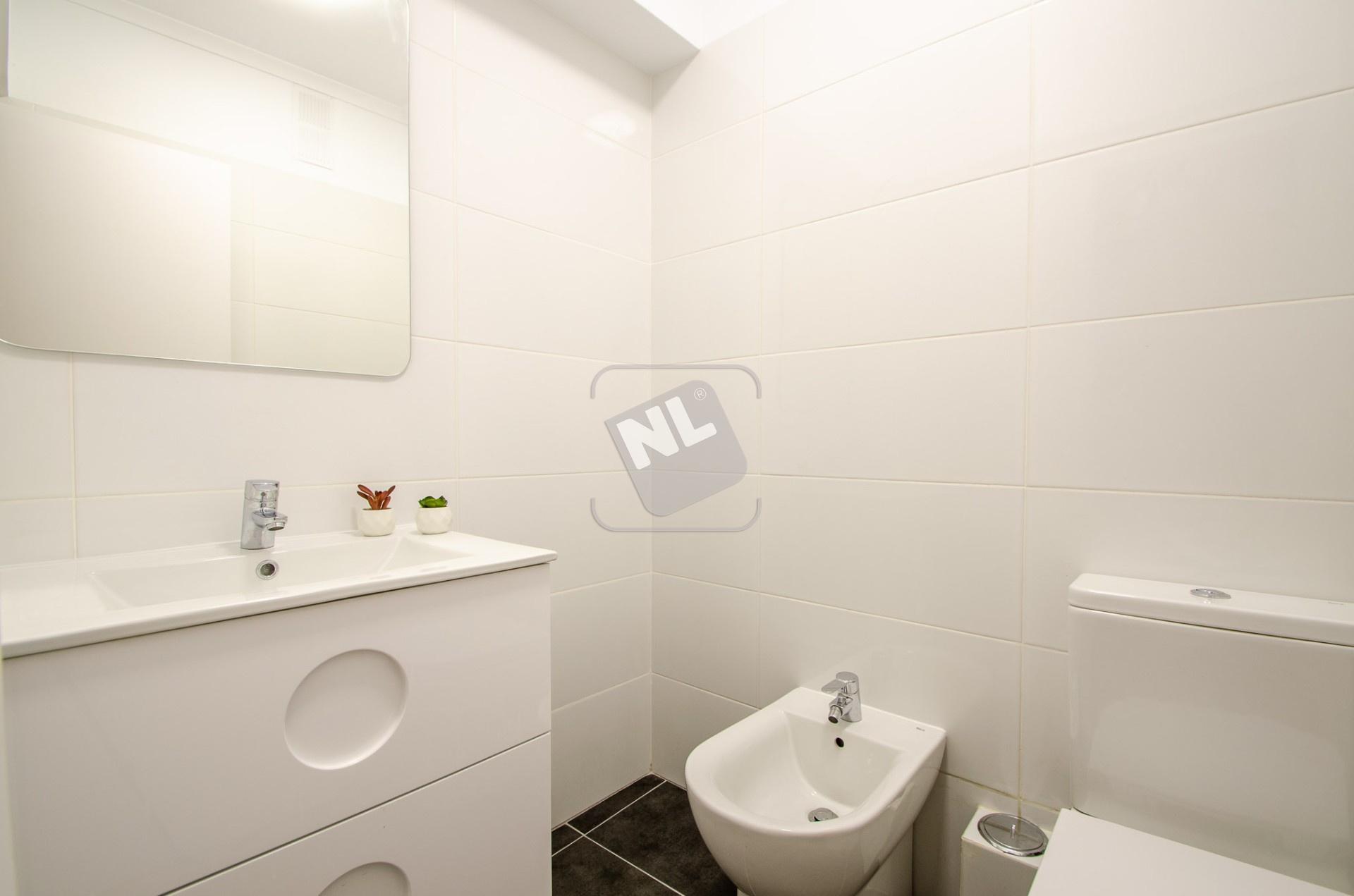 WC A1