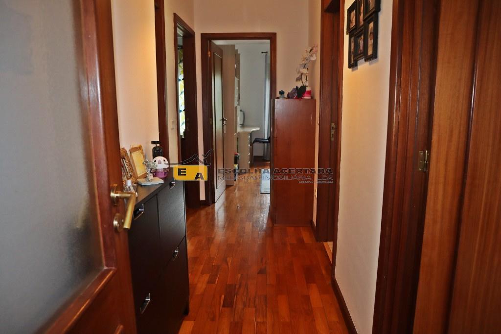 8 - hall quartos