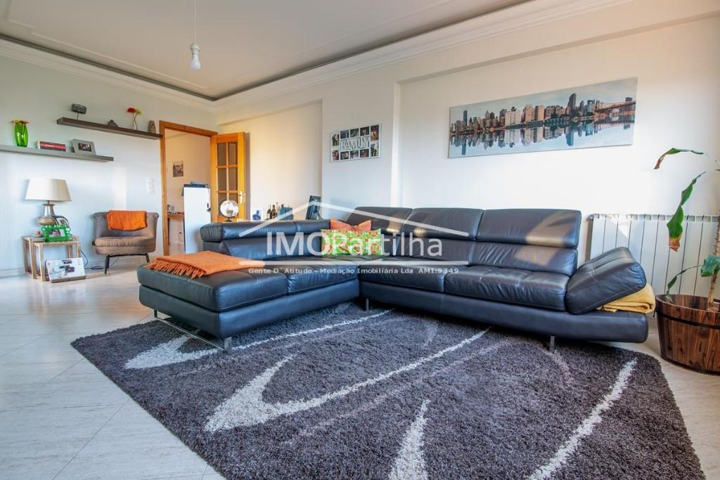 For sale Apartment T2 em Algueirão-Mem Martins, Sintra por