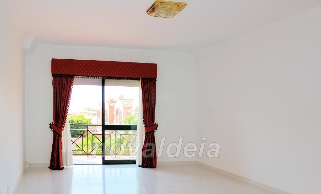 Sala comum com varanda - Sul
