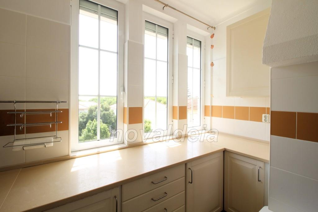 Cozinha - muita luz / sol